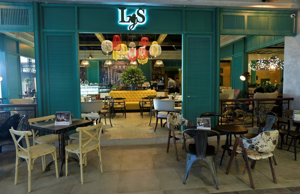 The-Lys-Cafe